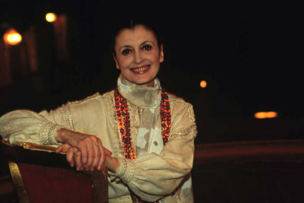 Carla Fracci, la figlia di tranviere che dalla Scala conquistò il mondo