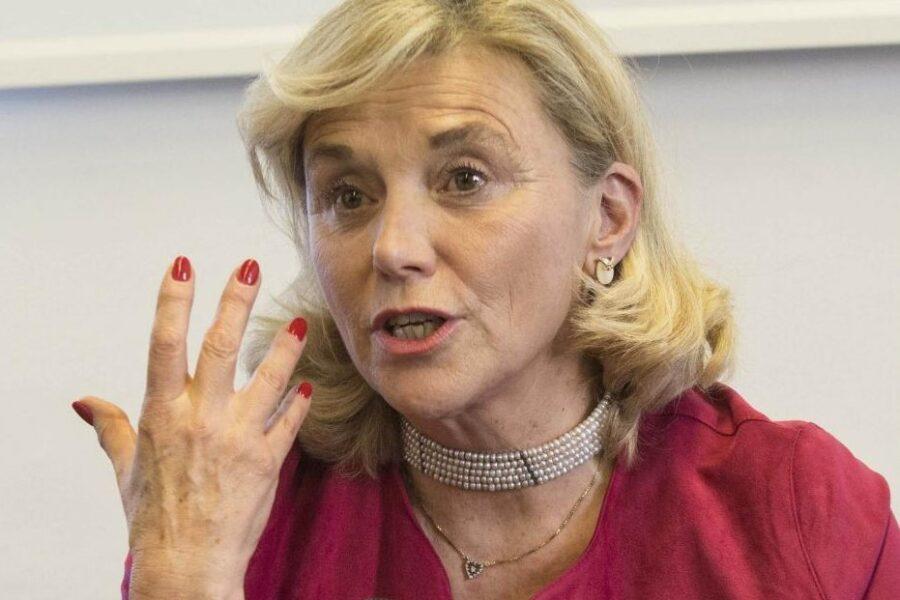 Chi è Elisabetta Belloni, prima donna a capo dei servizi segreti: l'amicizia con l'ambasciatore Luca Attanasio