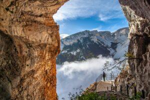 Geologia, al via la prima scuola estiva italiana di Rilevamento geologico e cartografia CARG