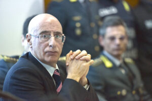 Un abusivo alla Procura di Roma: Prestipino non ha titoli, bocciato anche dal Consiglio di Stato