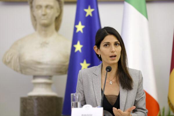 Virginia Raggi resta senza partito: candidata al bis ma fuori dal Movimento 5 Stelle
