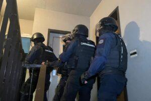Tor Bella Monaca, nuovo scacco ai clan: in manette 35 persone