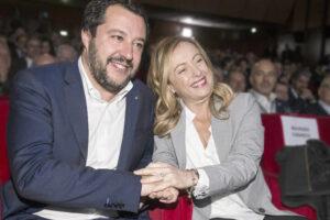 Forza Italia era l'ultimo argine alla destra illiberale: la marea nera può travolgerci
