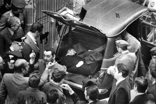 Omicidio Moro, a 43 anni di distanza torna il 'mistero' della teoria del complotto