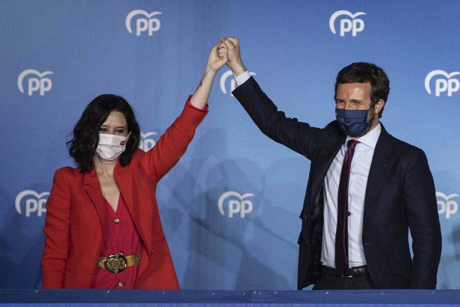 Madrid, alle elezioni sterzata a destra: vincono Popolari e Vox, flop di Iglesias che lascia la politica