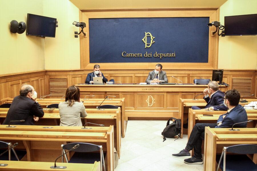 """Tutti i magistrati promossi, l'Unione Camere Penali: """"Cambiamo chi valuta le toghe"""""""