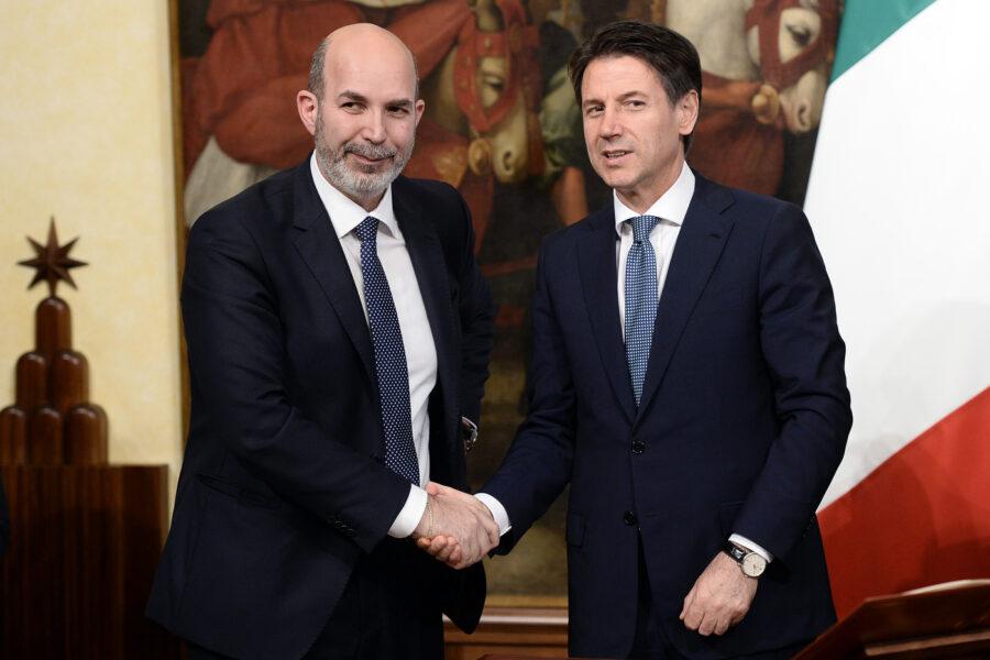 Movimento 5 Stelle senza leader, Corte di Appello di Cagliari rigetta il ricorso di Crimi: futuro di Conte a rischio
