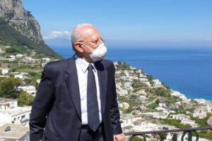 """Vincenzo De Luca esulta: """"Capri covid-free, Napoli e Campania entro luglio"""""""