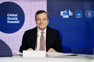 Vaccini e riaperture, Draghi lancia la fase tre: il rilancio