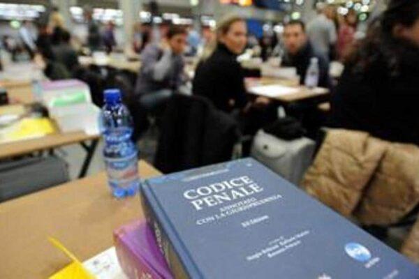Piattaforma in tilt, i dati dei praticanti avvocati esposti online