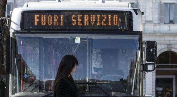 """Atac, il documento choc: """"Servizio a singhiozzo per mancanza di mezzi, tram e filobus al tracollo"""""""