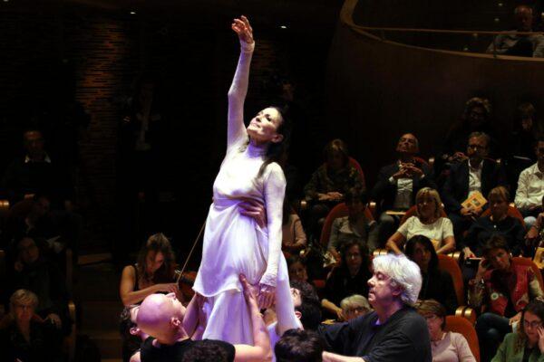 La danzatrice stanca, la poesia che Eugenio Montale dedicò a Carla Fracci