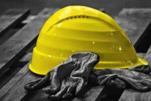 """Morti sul lavoro, altre tre vittime in un giorno: la """"strage"""" non si ferma"""