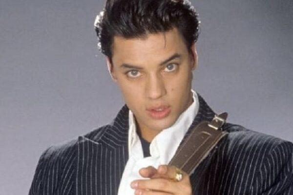 Chi era Nick Kamen, cantante e 'pupillo' di Madonna: dallo spot dei jeans Levi's alle hit di successo mondiale