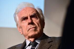 """""""La sinistra ha abbandonato gli operai, chieda scusa"""", intervista a Mario Tronti"""