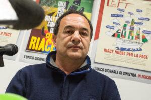 La sinistra ha scaricato Mimmo Lucano dopo averlo usato per propaganda e feticcio