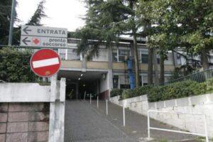 Napoli, spari a Fuorigrotta: fruttivendolo in ospedale