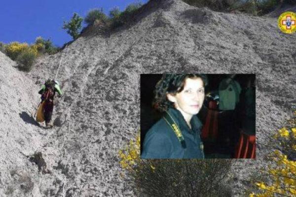 """""""Si riapre il caso di Paola Landini"""": macabro ritrovamento nei calanchi, resti di una donna"""