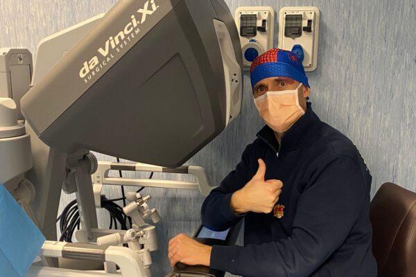 """""""Il 5G in chirurgia ha portato enormi benefici"""", intervista al professor Ciro Esposito"""