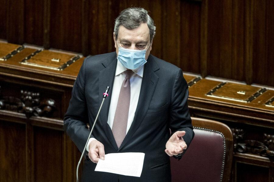 """Draghi alla Camera: """"Per riaperture approccio graduale, nessun migrante sarà lasciato solo"""""""