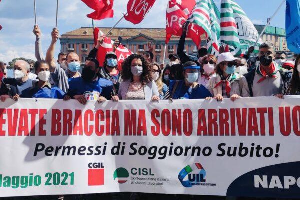 Campania, il dramma di 30mila migranti in attesa di permesso di soggiorno