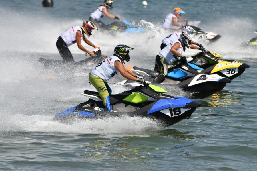 Moto d'acqua, nella seconda tappa del Campionato show a Rimini