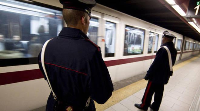 Roma metro B, arrestato il maniaco seriale: si masturbava davanti alle donne