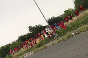 Muro di magliette per Riccardo