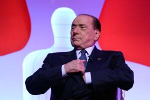Berlusconi detta la sua linea, ma con Salvini e Meloni non c'è accordo sui sindaci