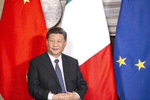 Cina, il Pil vola ma i diritti affondano
