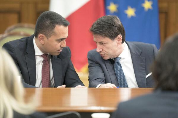 Di Maio scaricato dal Movimento, Conte ritira le scuse a Uggetti