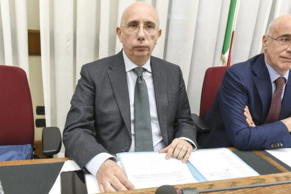 Maiorano ha più titoli, ma Colaiocco è in credito con Cascini: il posto di aggiunto a Roma è suo