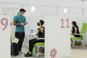 Coronavirus, salgono ricoveri e terapie intensive: sfiorati 8mila casi e 45 morti