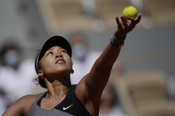 Perché Naomi Osaka si è ritirata dal Roland Garros, che cosa ha la tennista giapponese