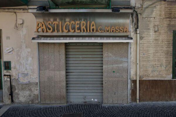 Secondigliano perde la sua dolcezza: è morto Carmine Massa, decano dei pasticcieri di Napoli Nord