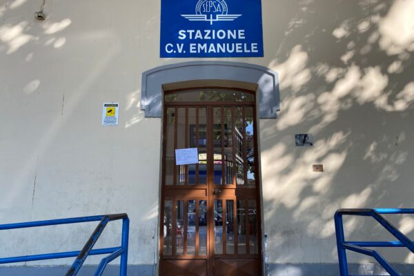 Sciopero dei mezzi a Napoli: orari e fasce garantite di Linea 1, Autobus e Funicolare