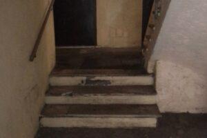 Testaccio, disabili bloccati in casa per una rampa di scale