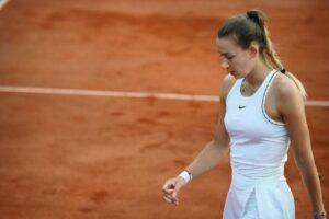 Scandalo al Roland Garros, arrestata la tennista Yana Sizikova: l'ombra delle scommesse sullo Slam di Parigi