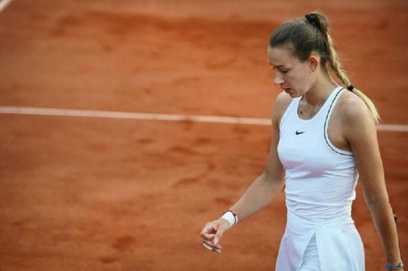Chi è Yana Sizikova, la tennista arrestata al Roland Garros con l'accusa di gare truccate