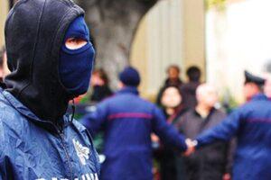 Retata contro il clan Amato-Pagano tra Napoli e Caserta: 31 arresti e sequestri per 25 milioni