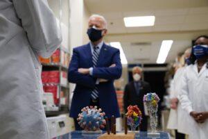 Dove è nato il Covid-19, Biden non si fida di Pechino e ordina indagine su Wuhan