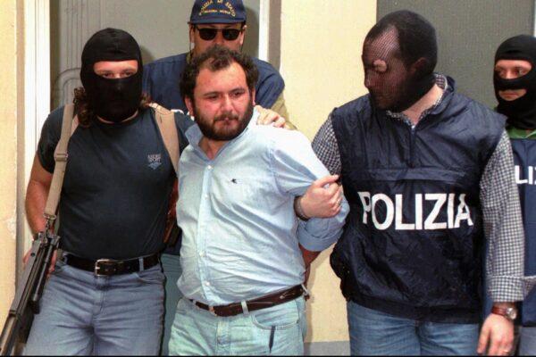 A cosa servono i pentiti e cosa gli viene chiesto: la verità o nuovi arresti?