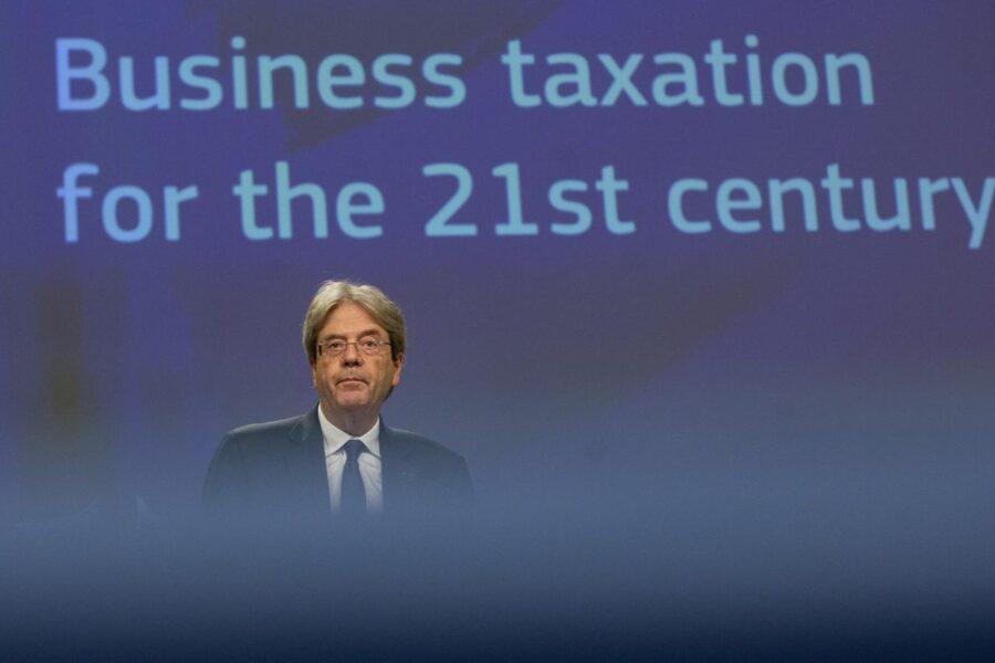 Tassiamo le multinazionali per proteggere i diritti