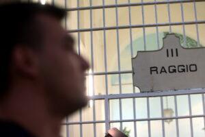 """Arrestato per rapina, ma era ad una festa a 45 km di distanza: """"I magistrati paghino"""""""