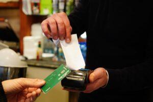 Cashback, primo semestre verso la chiusura: cosa fare per avere rimborsi e premi