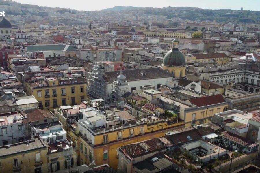 """Lonely Planet racconta """"Forcella…alla luce del giorno"""": 48 ore in uno dei quartieri più antichi di Napoli"""
