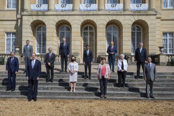 Tasse alle multinazionali, accordo storico al G7: imposta minima del 15% per 'colpire' i giganti del tech
