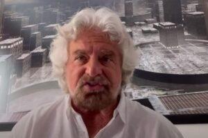 """La versione di Beppe Grillo: """"Conte non adatto al M5s, ho agito con il cuore"""""""