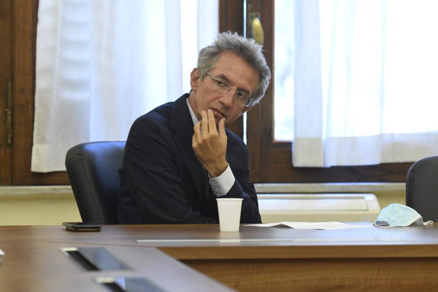 Il patto per Napoli sul debito di Manfredi non basta