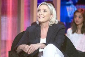Le Pen ha perso le regionali, ma in realtà punta all'Eliseo